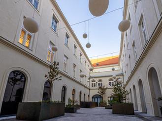 Hartlauer Zentrale am Stadtplatz eröffnet