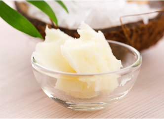 """5 DAYS OF 5 """"FAVES"""" DAY 2 : COCONUT OIL"""