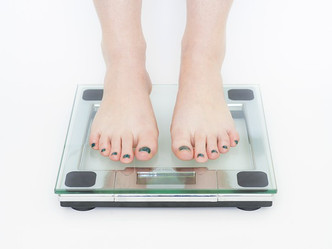9 CONTRIBUTORS TO WEIGHT GAIN - BEYOND WHAT YOU'RE EATING-
