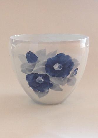 染付椿紋鉢