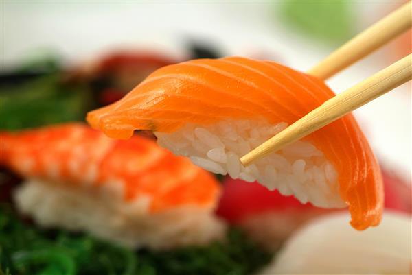 Gastronomia_008-Niguiri_de_salmão