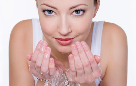 Skin Cleansing: Why Washing Your Face Is Important
