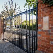 Chieveley   Gates