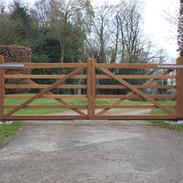 6 - Bar Diamond Braced Gates