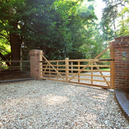 6-Bar Gates mounted from Brick Pillars