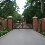 Cairns Gates with side walls.JPG