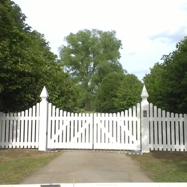 Cheltenham Gates