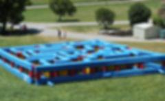 Labyrinthe gonflable.jpg