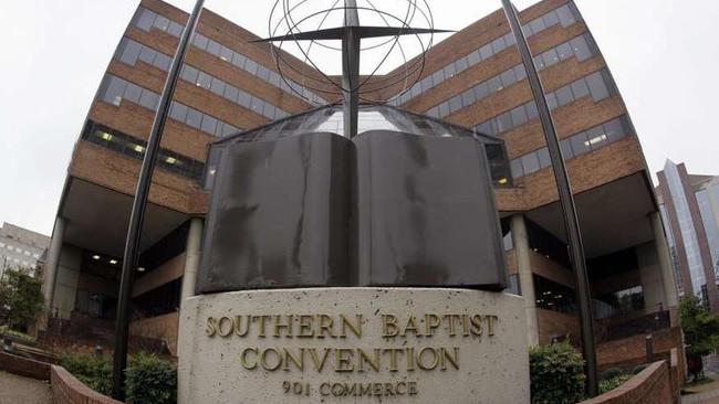 700 παιδιά κακοποιήθηκαν σεξουαλικά από την μεγαλύτερη προτεσταντική εκκλησία των ΗΠΑ