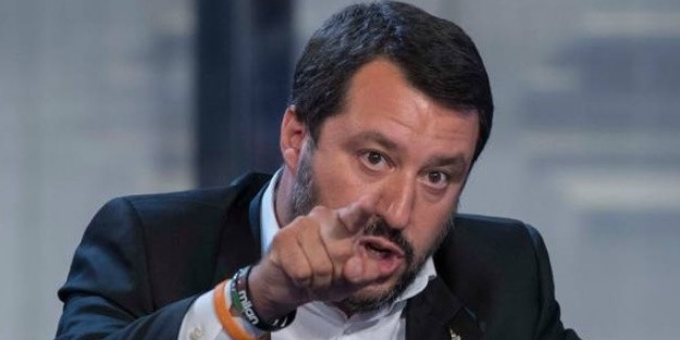 Ιταλία: Πρόστιμο 5,500 ευρώ για όποιον σώζει πρόσφυγες στη θάλασσα