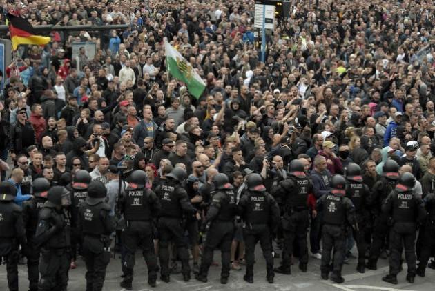 Χιλιάδες νεοναζί στους δρόμους της Γερμανίας
