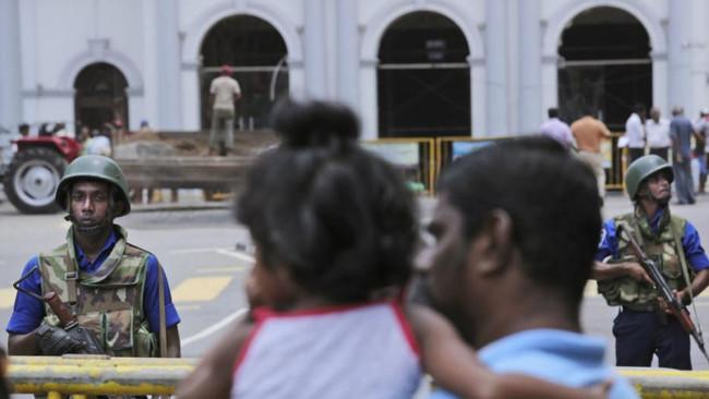Χιλιάδες στρατιώτες στη Σρι Λάνκα και απαγόρευση μπούρκας