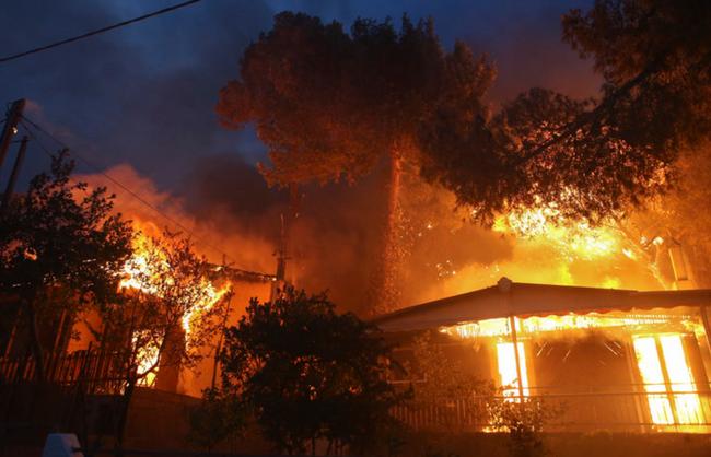Αυξάνεται συνεχώς ο αριθμός των νεκρών - Για «ασύμμετρες απειλές» μιλάει ο Τσίπρας