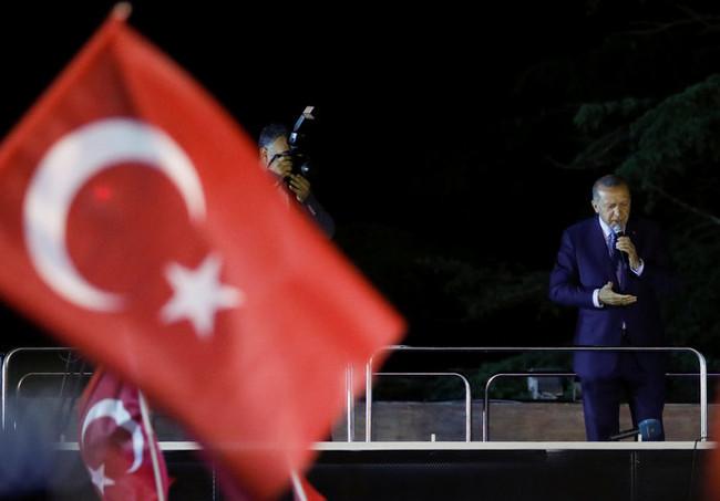 Τα highlights της βίας και της νοθείας στις τούρκικες εκλογές