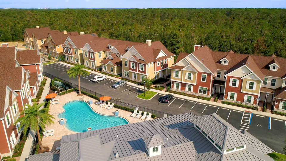 Real Estate 001.jpg
