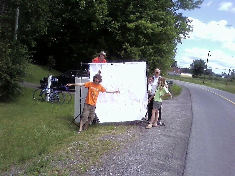 The kids cheering us on in 2007 on our way home