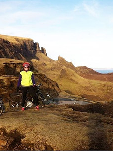 Steve takes a friend cycling to The Quiraing.