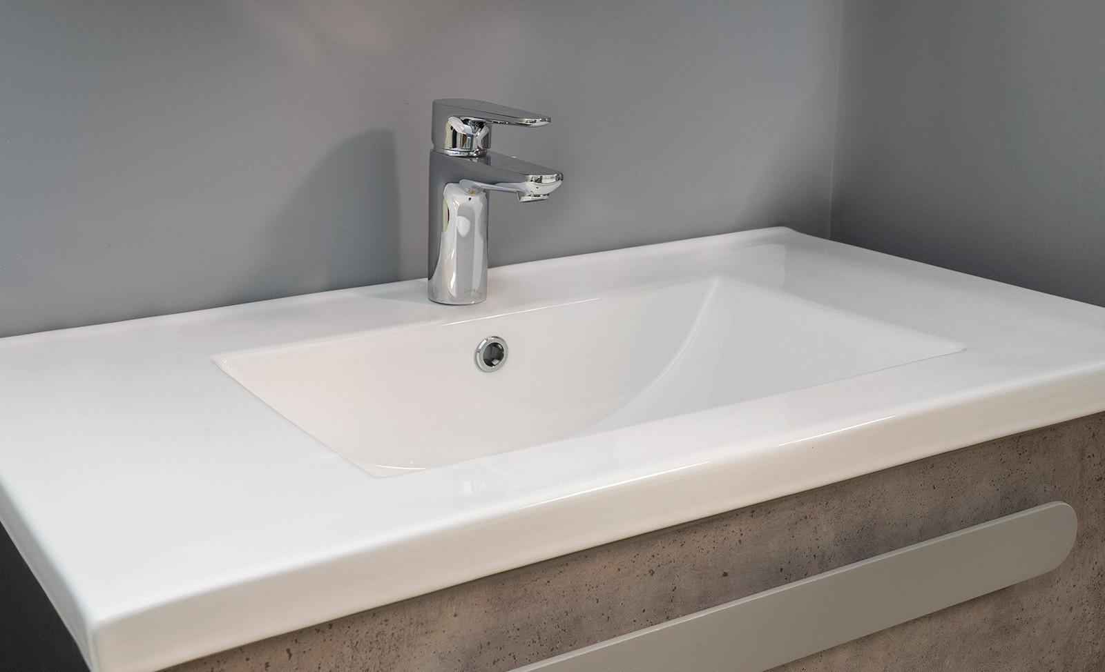 EC824-8 Sink