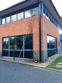 Commercial Office Window Cleaning Crawley West Sussx Horsham East Grinstead Horley