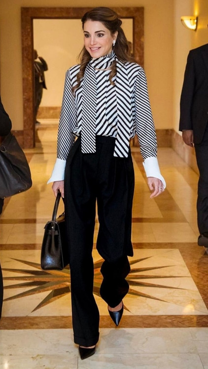 Queen Rania style