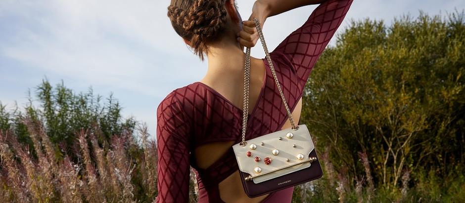 trending now: 10 bags for summer  حقائب الصيف