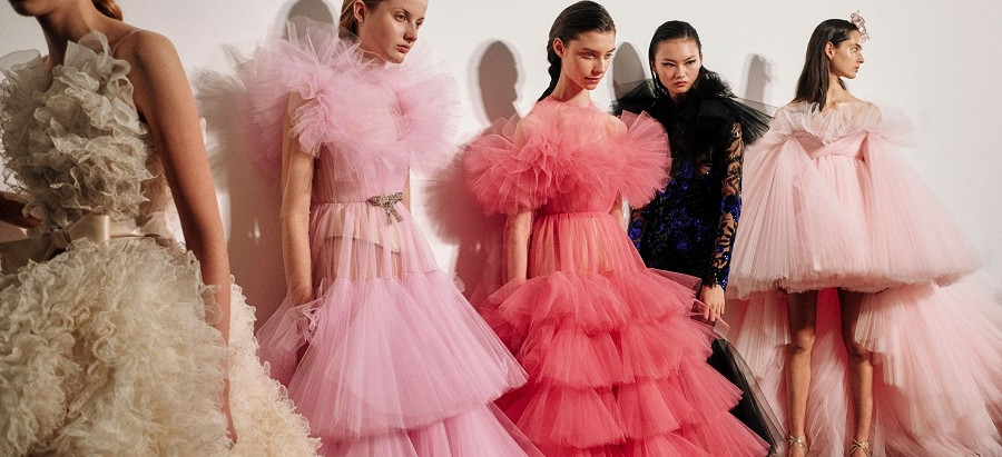 HAUTE COUTURE FOR EVERYONE!