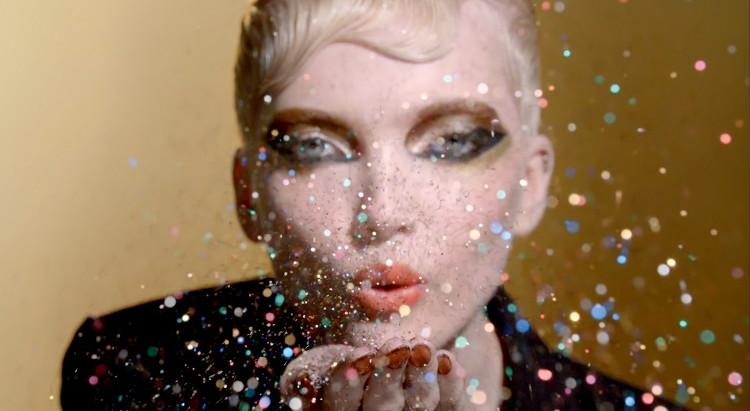 beauty alert: the best make up looks of the holiday season أفضل مكياج لموسم الأعياد