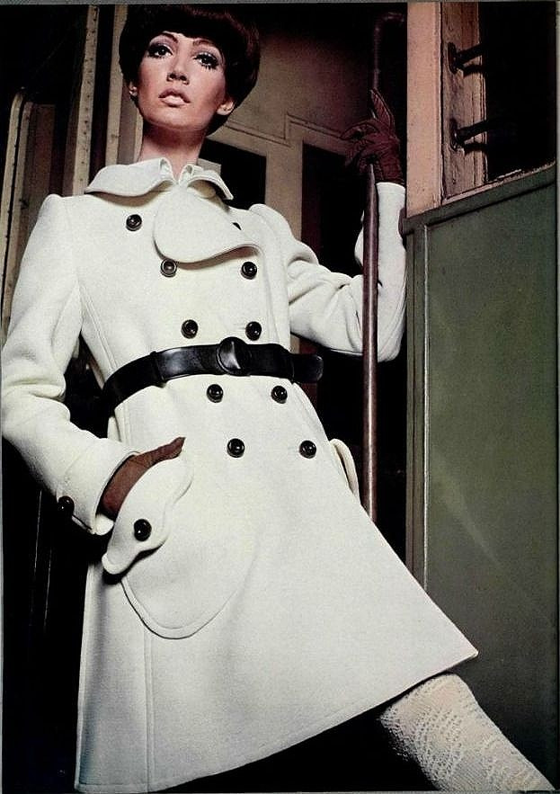 A classic Emanuel Ungaro look from 1968