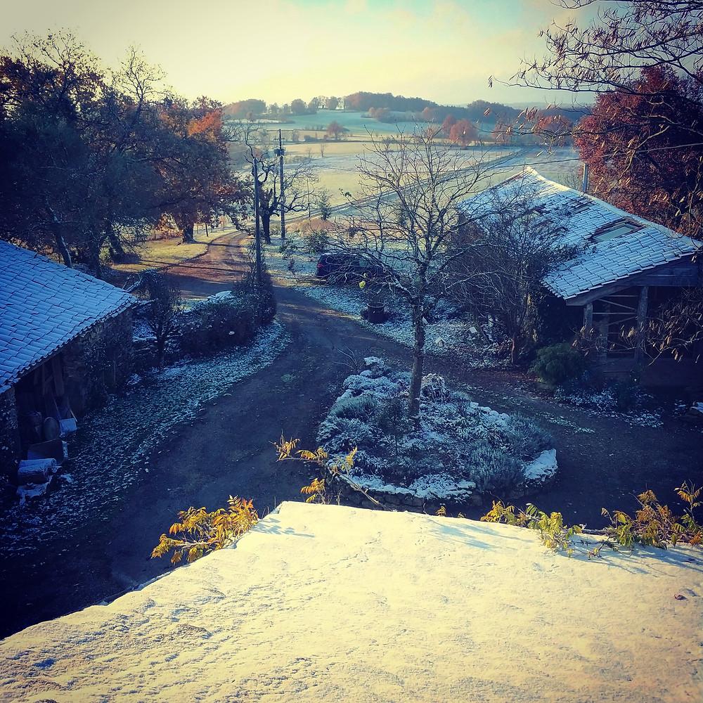 a snowy scene at As Plos
