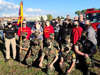 Young Marines with Gold Star Family LCPL.Matthew Rodriguez .JPG