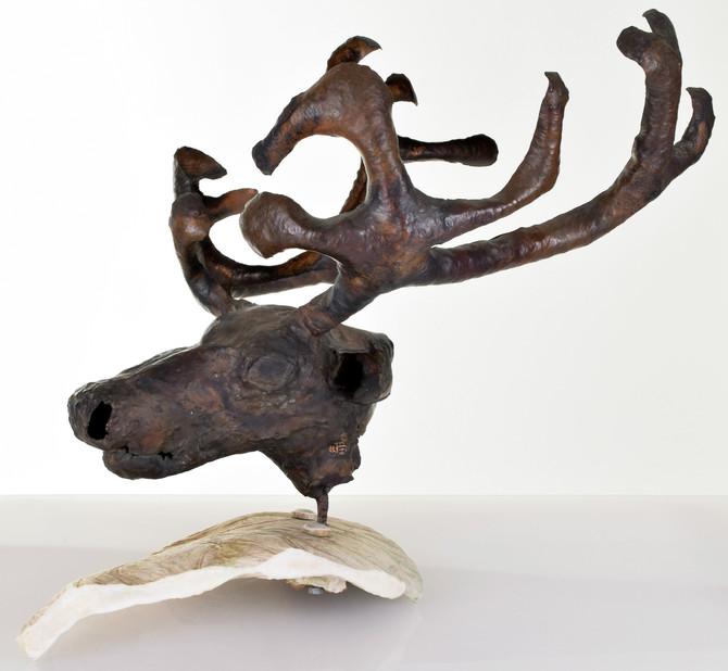 Ovanlig skulptur av Lars Pirak