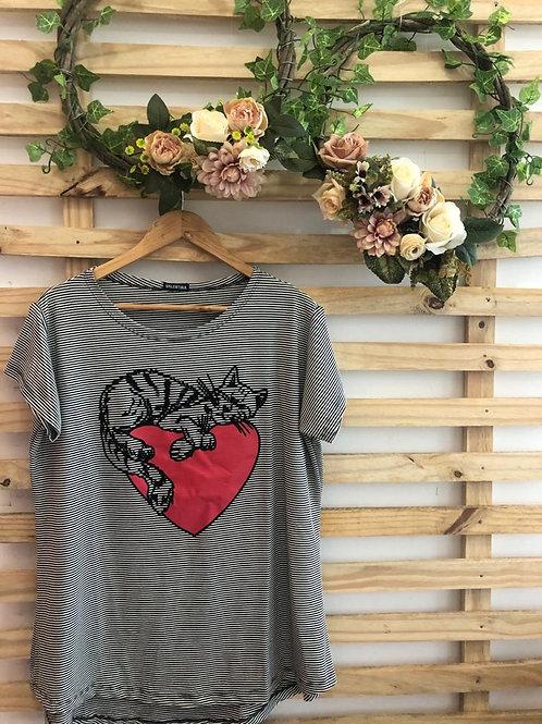 T-Shirt - Gato com coração - 200