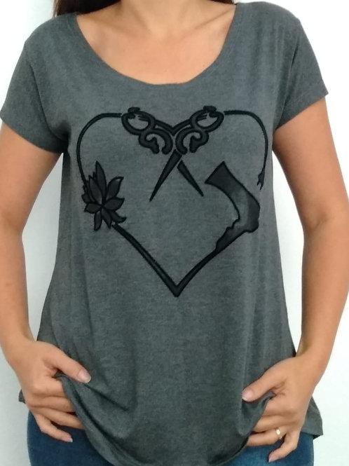 T-shirt Coração Tesoura-218
