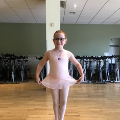 Our wonderful dancer Evie in our 6-9 ballet class