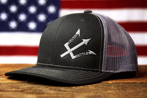 NS Logo Snap Back - Dark Grey/Black