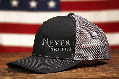 Never Settle Snap Back - Black/Grey/Grey