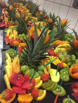 fruits découpés au plateau