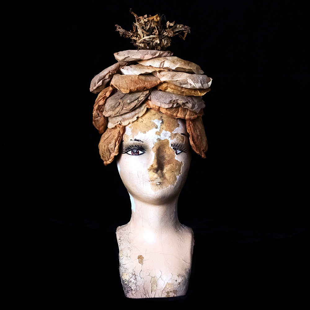 Gertrude's Beehive and Chapeau