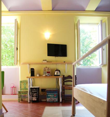 particolare letto camera 1809_edited.jpg