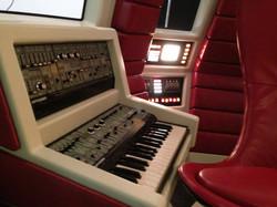 Spaceship interior Metronomy video
