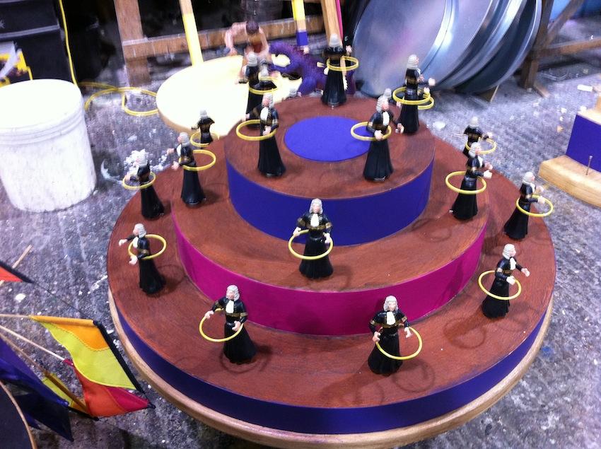 Twirly Gig model miniatures for set