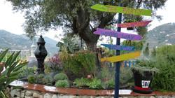 Jardin Alicia Pais de las Maravillas