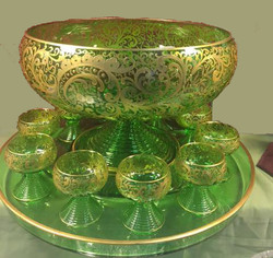 CLEAN GREEN PUNCHBOWL FOR TV