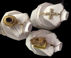 LOCKETS ON WHITE STANDS