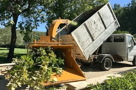 Le broyage de branches de Wood Élagage
