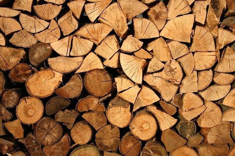 plusieurs stères de bois