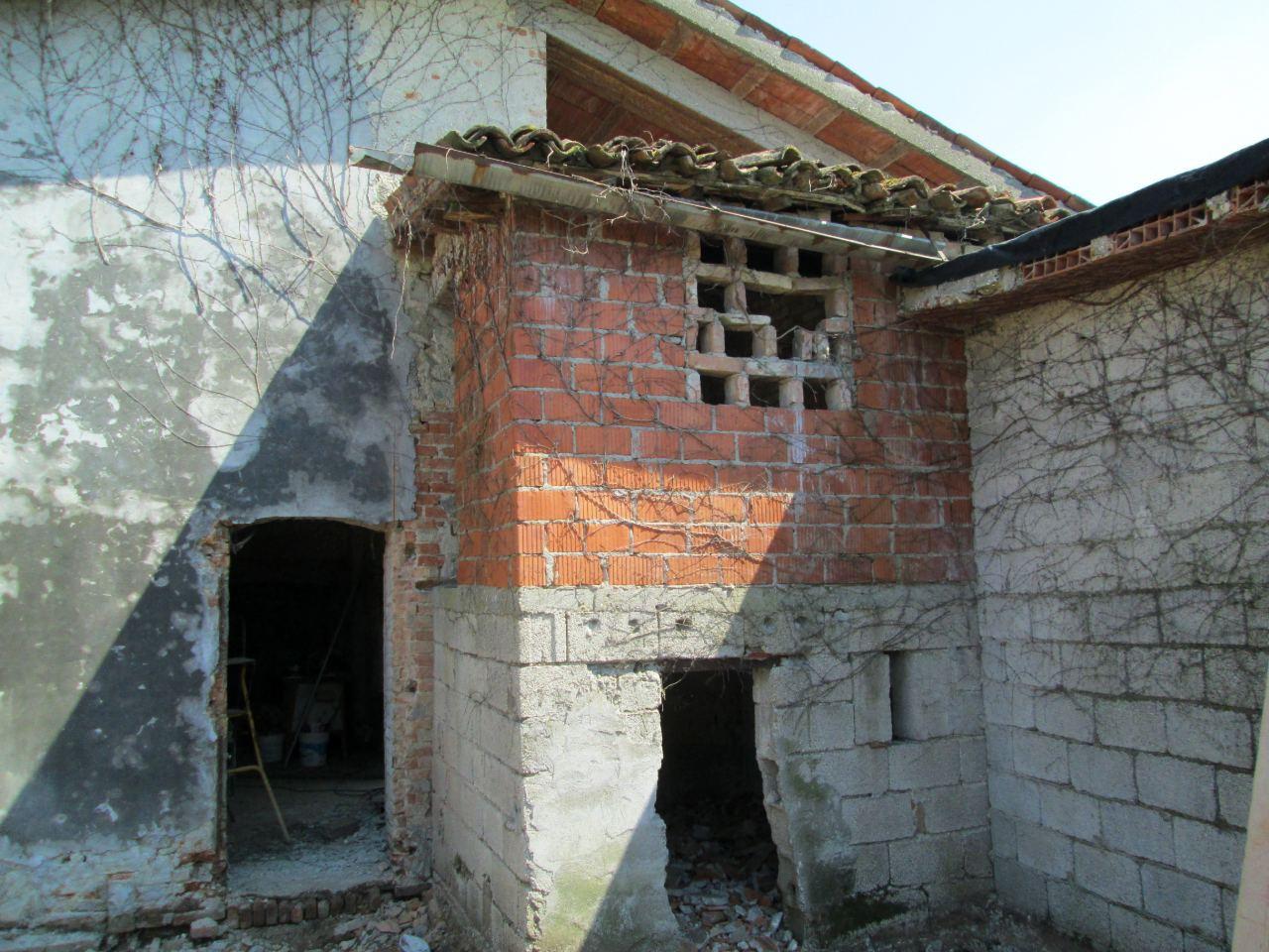 Entrata rustico da ristrutturare