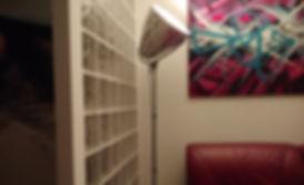 Casa con divisore in vetrocemento