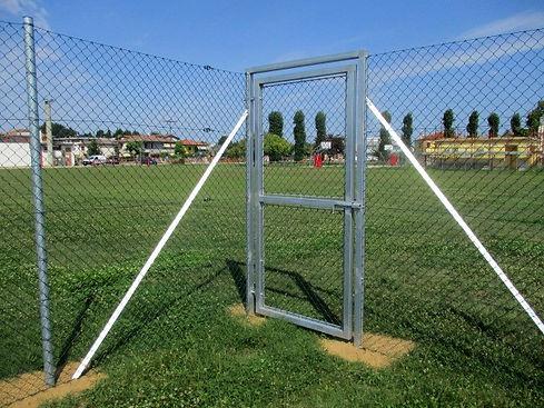 Entrata recinzione campo sportivo