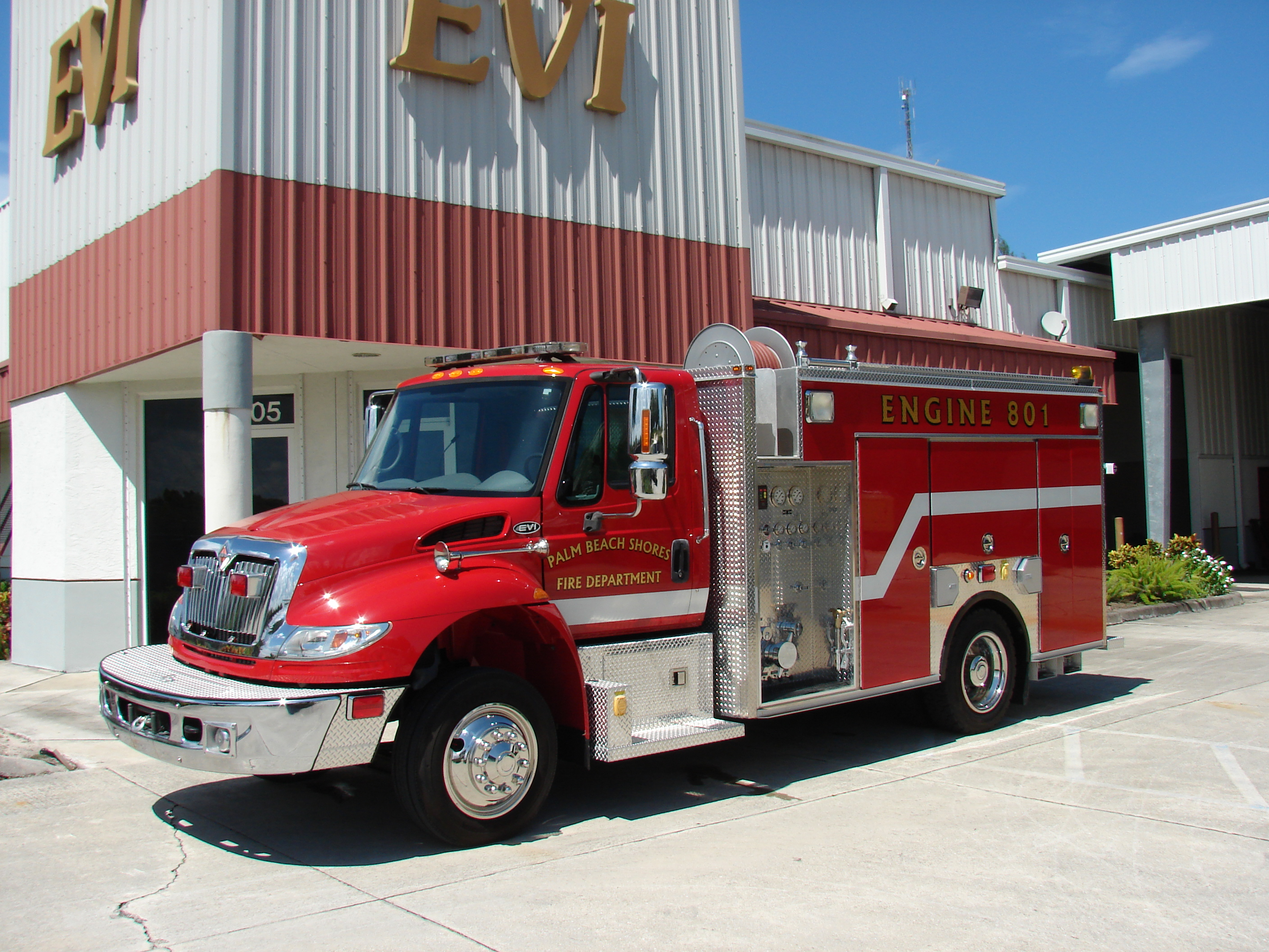 EVI 14 Ft Rescue Pumper